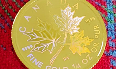 Canada BU 2001 pure Gold 1/4oz Hologram Maple $10