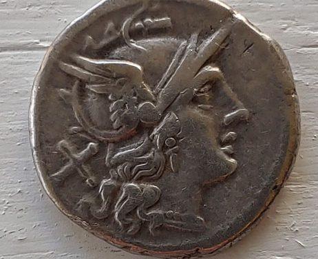 Roman Republic 209-205 BC anonymous 4gm Silver Denarius