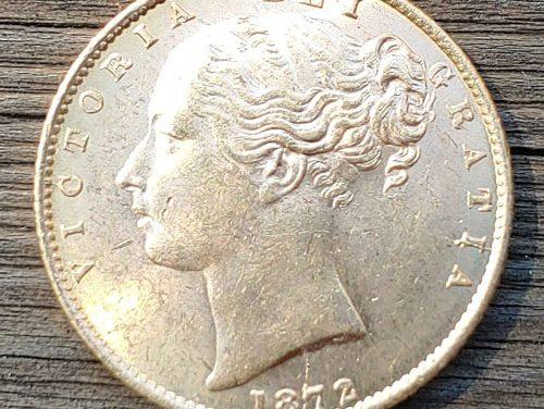 G.B. Unc 1872 shield type Gold Sovereign, die cracks .2355oz AGW