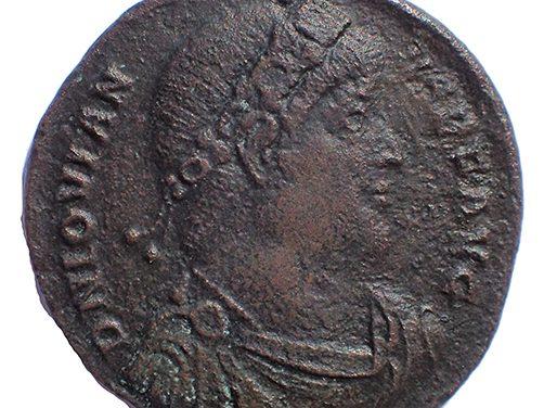 Jovian 363-364 AD 28mm 8gm AE28 struck at Constantinople