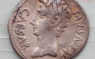 Augustus 27 BC-14 AD 4gm Silver Denarius