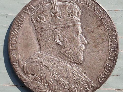 Edward VII & Queen Alexandra BU 1902 13gm Coronation Silver Medal